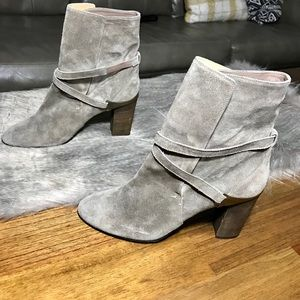 Lanvin Taupe Suede Ankle Calf Booties Sz40 Stacked